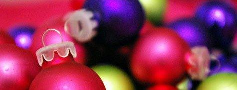 Christmas Decor: 6 Non-traditional & Colourful Options